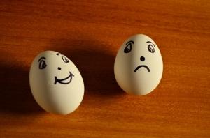 eggs-happy-sad700